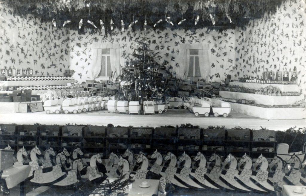 Weihnachtsfeier-1943
